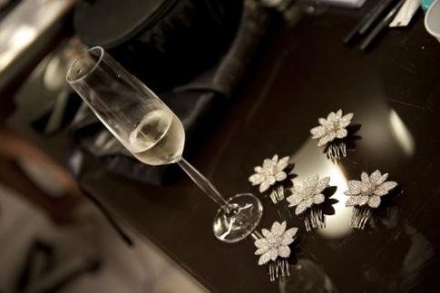 O amor, um brinde, uma flor