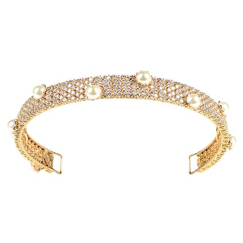 Tiara-Chanell-Dourada